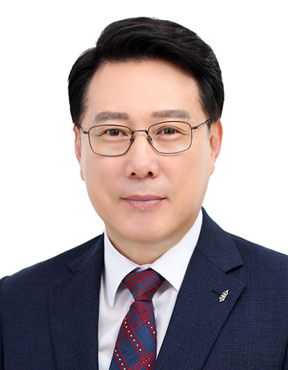김의철목사.jpg